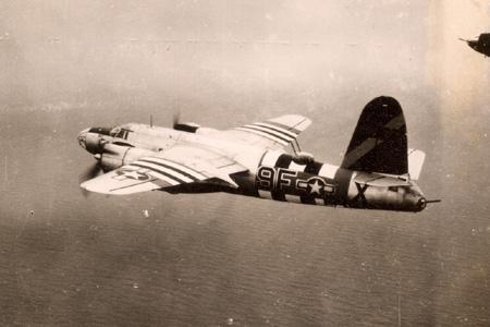 """B-26B-55-MA, No 42-96133, code 9F*X nommé""""Hit 'N' Duck"""""""