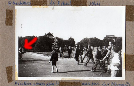 Same 1944 photo showing an additional bystander